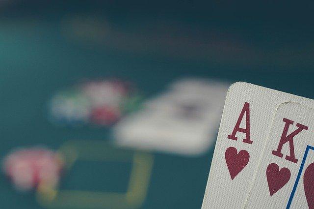 What makes online gambling more beneficial than offline gambling?