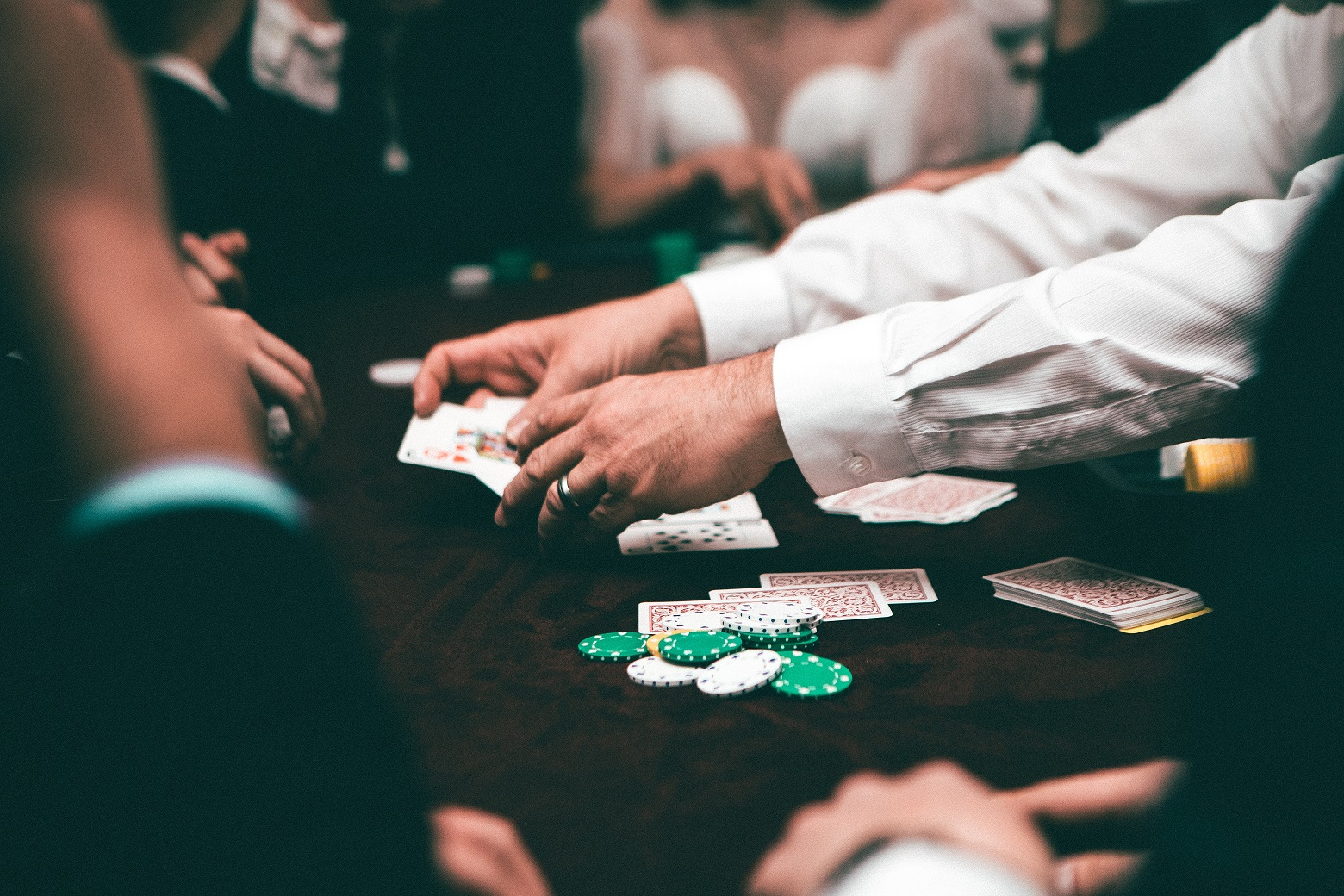 5 Different Strategies To Play Online Gambling